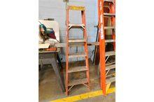 """Bauer 6"""" Fiberglass Step Ladder"""