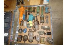 Pallet of Assorted Hydraulic pu