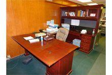 U-Shaped Desk, W/Hutch Pressed