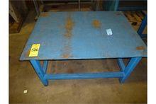 Steel tabel Approx 3'x4'. Great