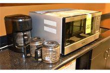 Lot - Microwave and Coffee make