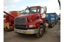 (title) 1997 Ford semi tractor,