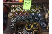 Misc lot of smooth roller wheel