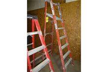 8' Louisville Fiberglass ladder