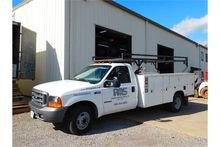 Ford F350 Service Truck w/pipe
