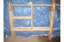 (6) 5 x 5 scaffold.