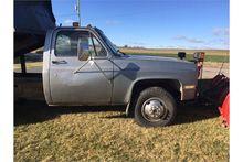 Chevy CK3 1986 1 ton Dump truck