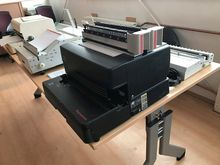 GBC MagnaPunch 12470