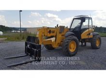 2004 Caterpillar TH560B