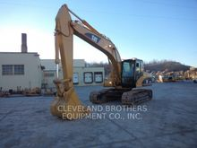 2005 Caterpillar 320CL