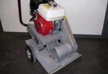 2012 SAMAC vibrating plate T15