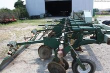2011 KMC 12-ROW BEDDER