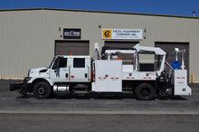 2009 INTERNATIONAL 7400 Truck -