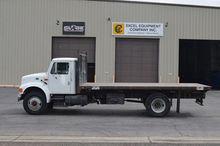 1994 INTERNATIONAL 4900 Truck -