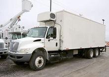 2009 INTERNATIONAL 4400 Truck -