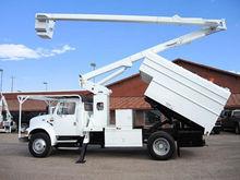 2000 INTERNATIONAL 4700 Truck -