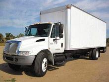 2006 INTERNATIONAL 4300 Truck -