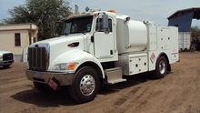 2006 PETERBILT 335 Truck - Mech