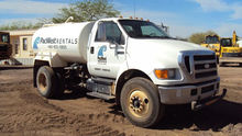 2007 FORD F750 XL Truck - Water