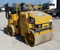 2007 CATERPILLAR CB24 Asphalt -