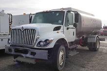 2012 INTERNATIONAL 7300 Truck -