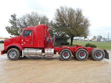 2014 KENWORTH T800 Truck - Conv