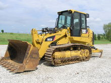 2011 CATERPILLAR 963D Loader -