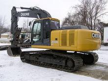 2007 JOHN DEERE 200D LC Excavat
