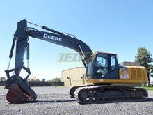 2013 John Deere 210G LC