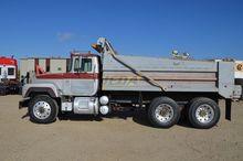 1995 Mack RD686S