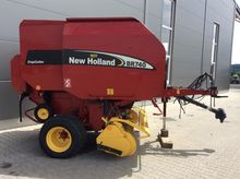 2003 New Holland BR 740