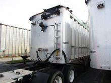 2008 MAC Semitrailer