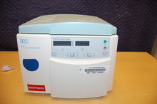 IEC Micromax Microcentrifuge
