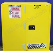 Justrite 893000 Flammable Cabin