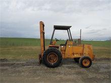1982 CASE 586D