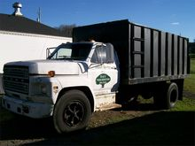1989 FORD F700