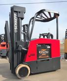 Schaeff 3000lb Stand-Up Docker