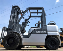 Nissan 6000lb Pneumatic Tire