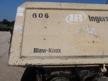 2005 Blaw Knox PF2181