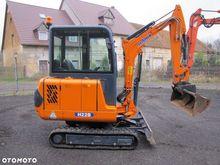 Used 2009 Hanix H22B