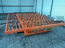 Tilting table orange Hegla