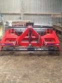 Sumo Sward Lifter & Seeder