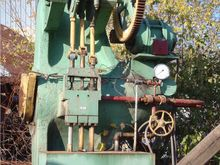 800 ton Woods Wheel Press