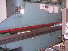 Used 1980 100 ton x