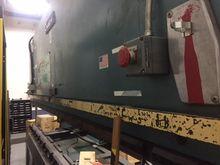 1986 110 ton x 10' Amada Model