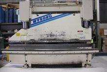 2001 250 ton x 10' Wysong F12-2
