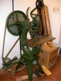 BREHMER wire stitching machine