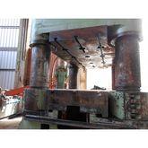 Hydraulic four columns press 12