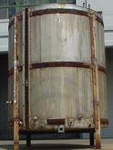 1000 gallon vertical, flat Bott