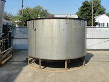 2360 gallon vertical, conical B